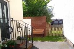 Apt4 Entrance & Garden