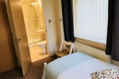 Apt5 Bed2 to Ensuite